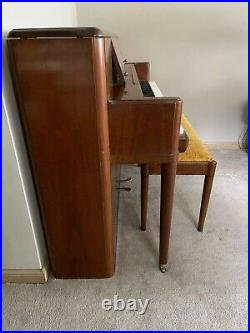 1965 Steinway & Sons Model 100 Regency Sk 1071 Console Walnut Piano