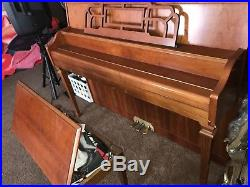 1996 yamaha upright piano M500h series made in USA