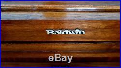 BALDWIN Console Piano w. Matching bench