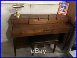 Baldwin Consol Piano