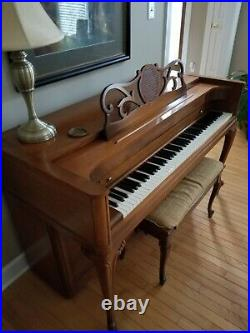 EUC Mid Century Baldwin Acrosonic spinet piano with Bench, cushion. ORIGINAL OWNER