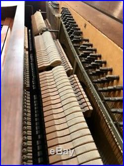 Gulbransen Pinafore 64-note 44 X 36 Spinet Upright Piano