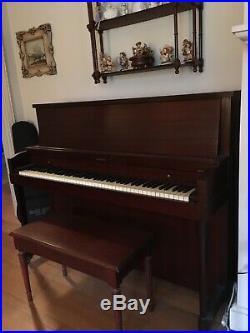 Hamilton Console Piano