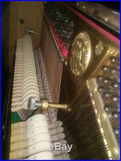 Kawai 48 Upright piano