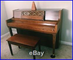 Kawai Upright Piano Walnut in good condition