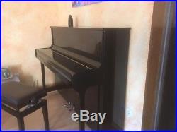 Klavier Kawai K2 + Metronom + Stuhl sehr guter Zustand