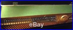 MUSICIAN'S YAMAHA U1 PIANO (Local pick up only) Excellent condition