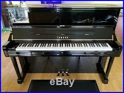 Mint 2006 Yamaha U1 upright piano