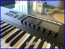 Native Instruments Komplete Kontrol S61 MK2 61-Keyboard Midi Controller