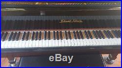 PEARL RIVER BABY GRAND PIANO. Ebony Finish