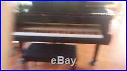 PEARL RIVER BABY GRAND PIANO. Ebony Finish BIG PRICE DROP