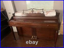Piano Upright Wurlitzer 1950s