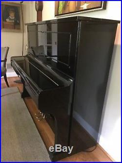 Professional Studio Piano Kawai BL-61