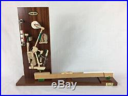 Remmer Upright Piano Mechanism Action Model (Steinway) / Pianist