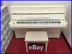 SAMICK Piano & Bench Vertical Musical Instrument Music Organ Keyboard Ivory Keys