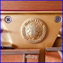 SAMICK upright console piano SC-330NCF