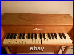 SCHOENHUT 37 KEY UPRIGHT TOY PIANO Light Finish All Keys Work