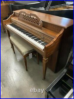 Schafer & Sons Spinet Upright Piano 38 Satin Walnut