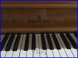 Steinway Model 40 Console piano