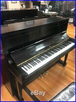 Steinway piano upright
