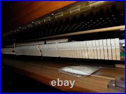 USED Samick SU-118 48 Upright Piano