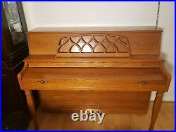 Upright Baldwin Piano (used)