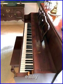 Upright Kawai 606 Series Piano French Renaissance Cherry $1,499