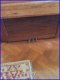 Upright Piano Beautiful Kimball Spinet Piano & Bench in Walnut
