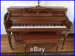 Upright Piano Lowrey