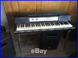 Wurlitzer 200A Electric Piano / Great Condition / Unique Sound / Studio Ready
