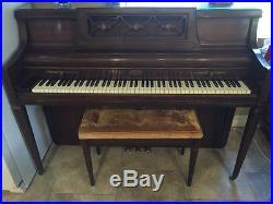 Wurlitzer 2860 Upright Piano