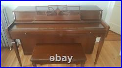 Wurlitzer Spinet Piano 2116 with bench