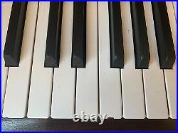 YAMAHA UPRIGHT PIANO LOCAL PICKUP ONLY (Sherman Oaks)