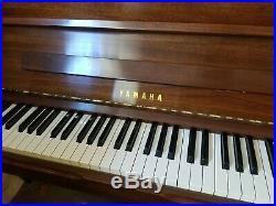 YAMAHA UPRIGHT PIANO M1A Mahogany GREAT CONDITION
