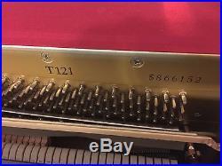 Yamaha 48 T121 Upright Piano