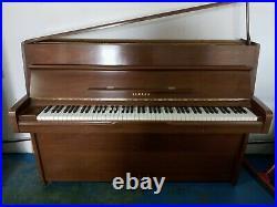 Yamaha Console Piano in Walnut