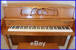 Yamaha M500 F upright piano light oak great shape