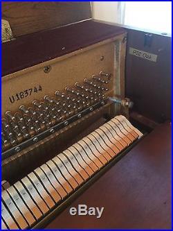Yamaha P22 Oak Studio Upright Piano