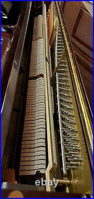 Yamaha U1 PM Polished Mahogany 48 Studio Upright Piano Mfg 2001 in Japan