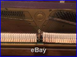 Yamaha Upright Studio Piano P202 Excellent Condition