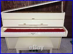 Young Chang Upright Piano U107